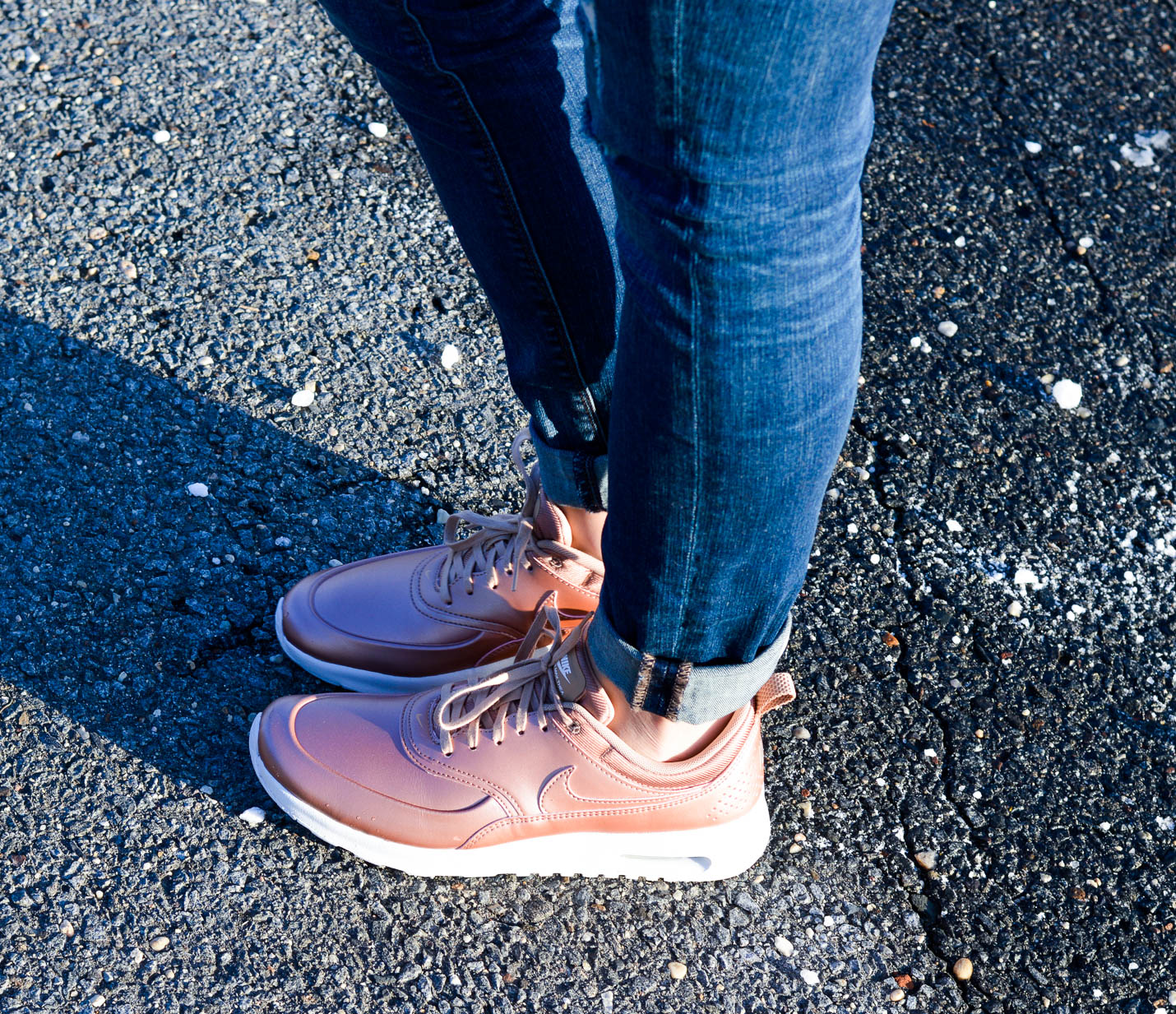 How To Wear Rose Gold Sneakers | Angela Scibilia